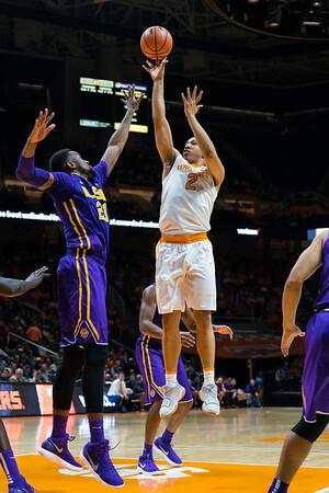 NCAA Basketball 2018: LSU vs Tennessee JAN 31
