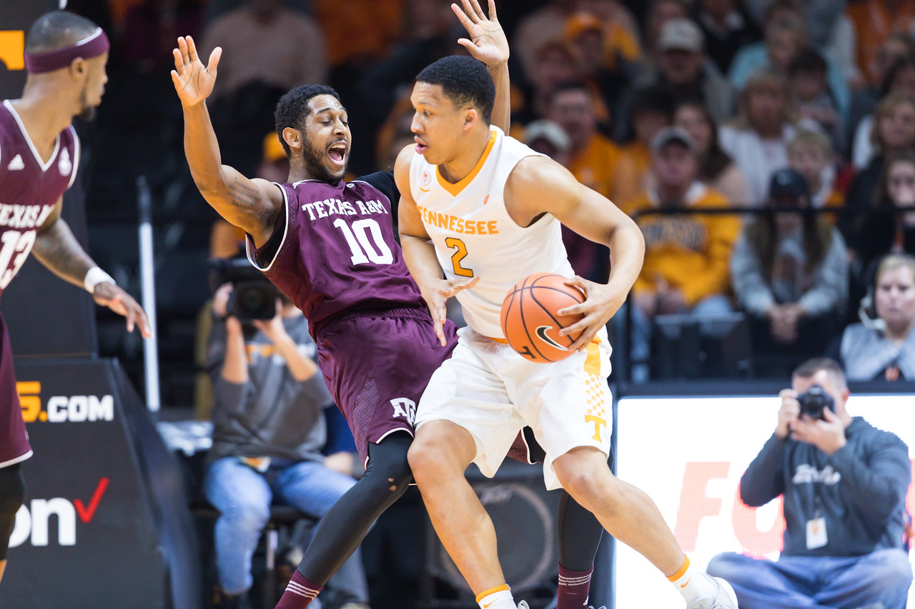 NCAA Basketball 2018: Texas A&M vs Tennessee JAN 13