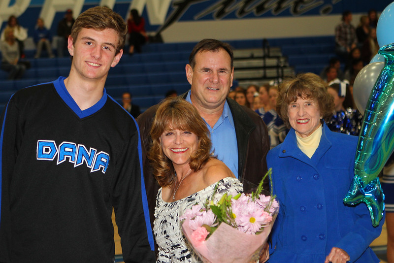BBSeniorNight2013-0001