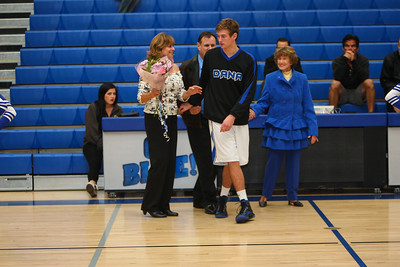 BBSeniorNight2013-0004