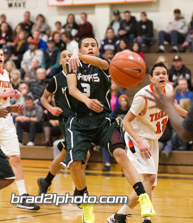 IMAGE: http://www.brad21photo.com/Sports/Basketball/Douglas-HS-Basketball-2013/i-jQHSBjT/0/XL/IMG_3679-XL.jpg