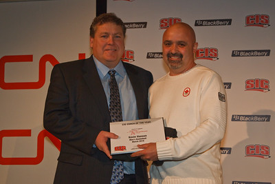 Kevin Hanson accepting Coach of the Year (3717)