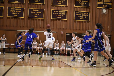 Granby Girls Basketball 12-19-1620161219_0344