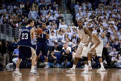 Ben Hansbrough, Tyrone Nash guarded by Greg Monoe and Julain Vaughn