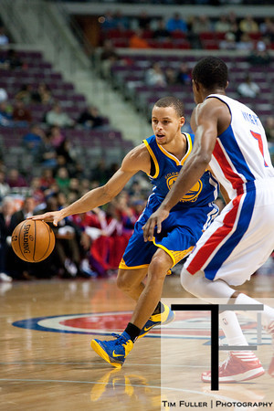 Dec 5, 2012; Auburn Hills, MI, USA; Detroit Pistons point guard Brandon Knight (7) guards Golden State Warriors point guard Stephen Curry (30) during the first quarter at The Palace. Mandatory Credit: Tim Fuller-USA TODAY Sports