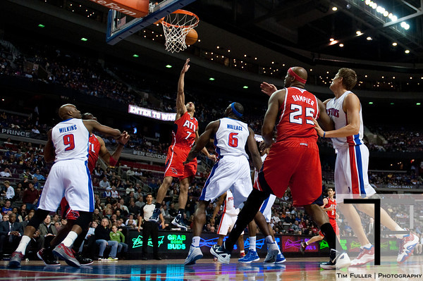 Mar 9, 2012; Auburn Hills, MI, USA; Atlanta Hawks point guard Jannero Pargo (7) lays it up during the second quarter against the Detroit Pistons at The Palace. Mandatory Credit: Tim Fuller-US PRESSWIRE