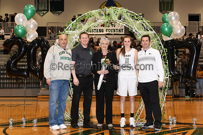 KMHS @06_17 Sr Night_020317-9a
