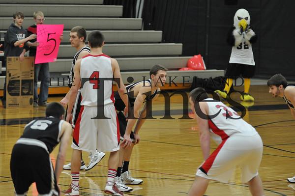 Boys Basketball vs. Medford (WIAA)