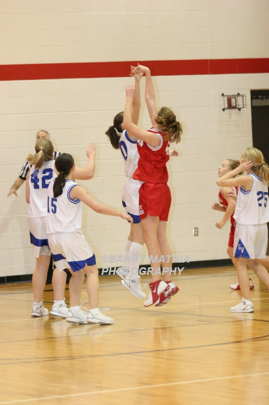 Lawson Vs Grain Valley Girls 9th BBall 012506 050