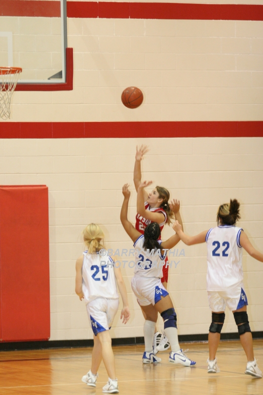 Lawson Vs Grain Valley Girls 9th BBall 012506 020