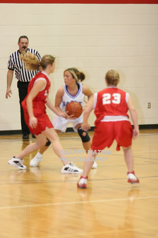 Lawson Vs Grain Valley Girls 9th BBall 012506 023