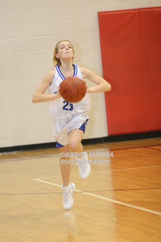 Lawson Vs Grain Valley Girls 9th BBall 012506 039