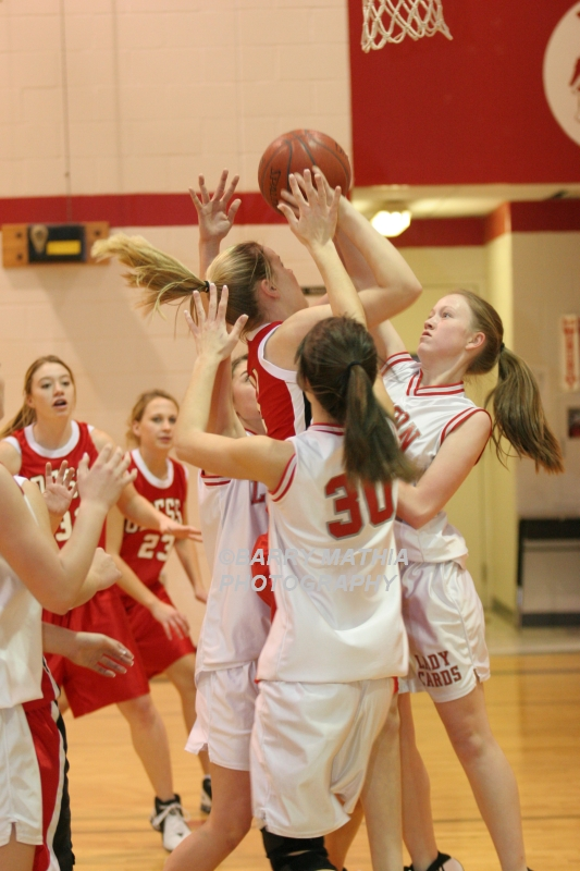 Lawson Vs Odessa Girls 9th BBall 012706 014