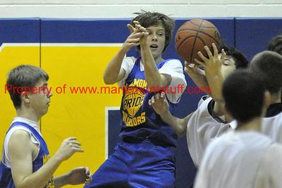 MHS Freshman BB 2011-11-17_9