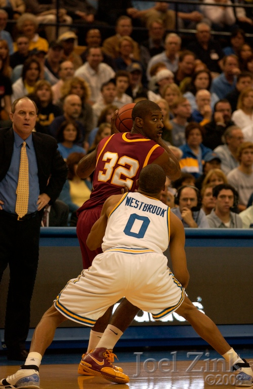 005M bball vs UCLA