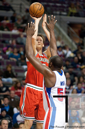Dec 30, 2012; Auburn Hills, MI, USA; Detroit Pistons power forward Jason Maxiell (54) attempts to block Milwaukee Bucks small forward Mike Dunleavy (17) during the first quarter at The Palace. Mandatory Credit: Tim Fuller-USA TODAY Sports