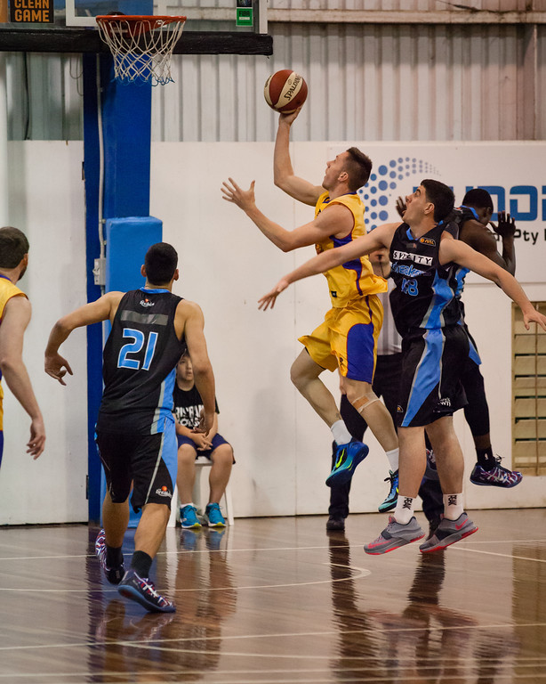 "Mitch Creek - Adelaide 36ers v New Zealand Breakers - 2014 NBL Blitz Basketball, NAB Stadium, Auchenflower, Brisbane, Qld, AUS. Day 1. Photos by Des Thureson - <a href=""http://disci.smugmug.com"">http://disci.smugmug.com</a>."