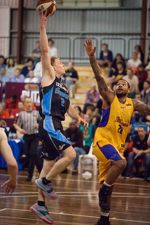 "Ryhs Carter, BJ Anthony - Adelaide 36ers v New Zealand Breakers - 2014 NBL Blitz Basketball, NAB Stadium, Auchenflower, Brisbane, Qld, AUS. Day 1. Photos by Des Thureson - <a href=""http://disci.smugmug.com"">http://disci.smugmug.com</a>."