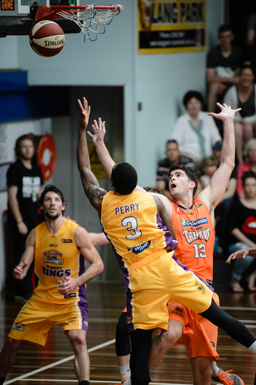 "Kendrick Perry, Stephen Weigh - Cairns Taipans v Sydney Kings - 2014 NBL Blitz Basketball, NAB Stadium, Auchenflower, Brisbane, Qld, AUS. Day 3, Camera 1. Photos by Des Thureson - <a href=""http://disci.smugmug.com"">http://disci.smugmug.com</a>."