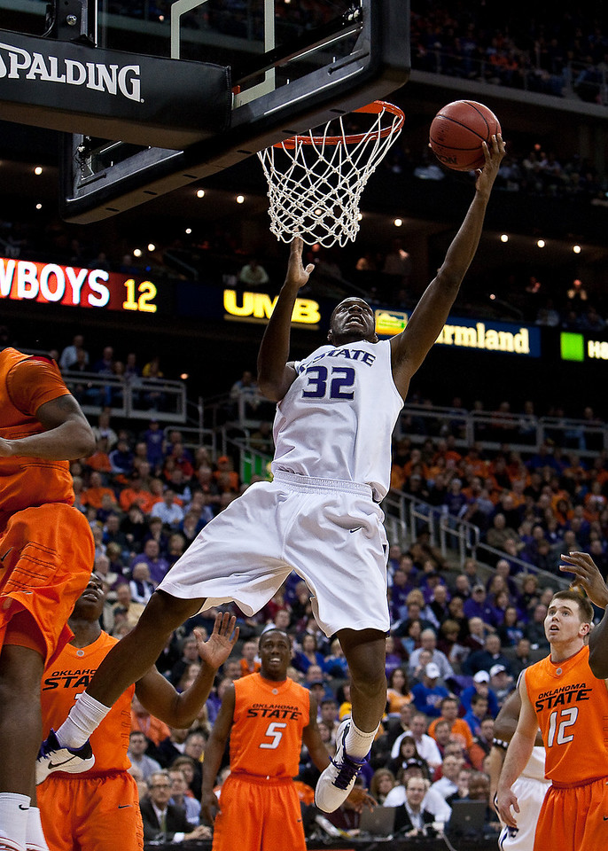 11 March 2010: Kansas State Wildcats forward Jamar Samuels (32) lays one in during the quarterfinals of the Phillips 66 Big 12 Men's Basketball Championship.  The Kansas State Wildcats defeated the Oklahoma State Cowboys 83-64 at Sprint Center in Kansas City, Missouri.