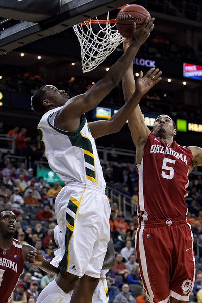 March 9, 2011: Baylor Bears forward Fred Ellis (3) goes to the rim during the first round of the Phillips 66 Big 12 Men's Basketball Championship.  The Oklahoma Sooners defeated the Baylor Bears 84-67 at Sprint Center in Kansas City, Missouri.