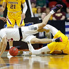 APTOPIX NCAA Minnesota Louisville Basketball