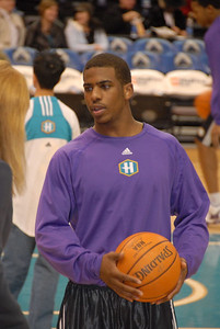 The Orlando Magic defeated the Hornets on Dec 20th in their first meeting.  Grant Hill led his team with a game high 21 points.  This will be the second and final game between the interconference clubs.