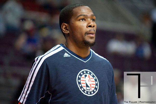 Nov 12, 2012; Auburn Hills, MI, USA; Oklahoma City Thunder small forward Kevin Durant (35) before the game against the Detroit Pistons at The Palace. Mandatory Credit: Tim Fuller-US PRESSWIRE
