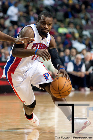Nov 12, 2012; Auburn Hills, MI, USA; Detroit Pistons point guard Will Bynum (12) drives to the basket against the Oklahoma City Thunder during the fourth quarter at The Palace. Thunder won 92-90. Mandatory Credit: Tim Fuller-US PRESSWIRE