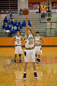 Sports-Basketball-PA vs North Pulaski 123008-11