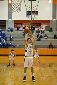 Sports-Basketball-PA vs North Pulaski 123008-16