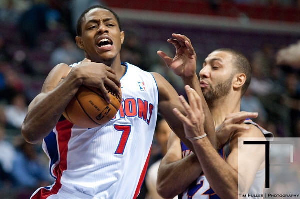 Nov 28, 2012; Auburn Hills, MI, USA; Detroit Pistons point guard Brandon Knight (7) drives to the basket against Phoenix Suns point guard Kendall Marshall (12) during the fourth quarter at The Palace. Detroit won 117-77. Mandatory Credit: Tim Fuller-USA TODAY Sports