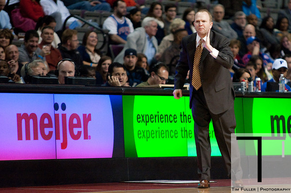 Nov 28, 2012; Auburn Hills, MI, USA; Detroit Pistons head coach Lawrence Frank during the second quarter against the Phoenix Suns at The Palace. Mandatory Credit: Tim Fuller-USA TODAY Sports