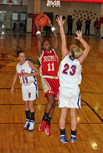 Rome #11 Tanisha Woodard, Bruins #11 Callie Thomas and #23 Caitie Trew