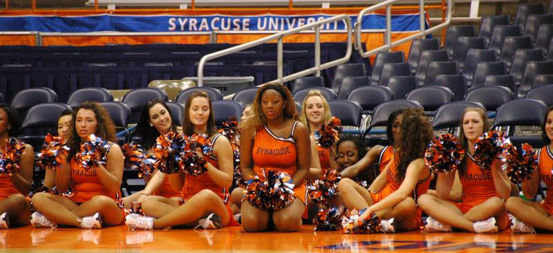 The SU Dance Team....ah,oh yeah, sponored by Toshiba!  (Think Toshiba will pay me for that?)