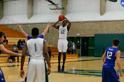 SUNY OW vs Yeshiva_MensBB. Photo Credit: Chris Bergmann Photography