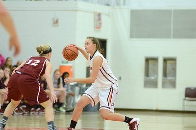 Oberlin's Caroline Hamilton guards Susquehanna's Nikki Komara during Sunday's game.