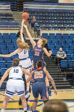 2018-01-24 CSU Fullerton at UC Davis Women