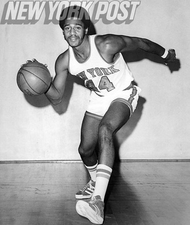 Larry Fogle with the NY Knicks is ready for NBA action. 1975