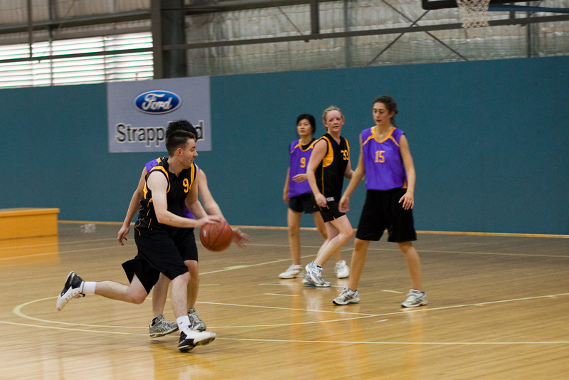 27-Oct-2009-basketball-144