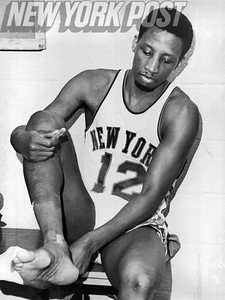 New York Knicks all star, Dick Barnett, in the locker room. 1968