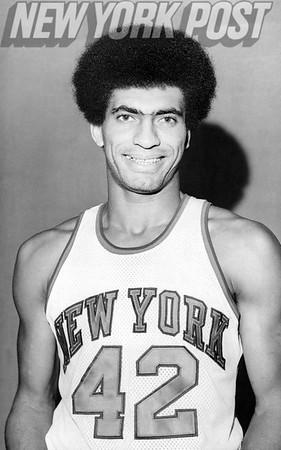 New York Knicks Elnardo Webster flashing smile. 1975