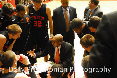 Taken for the Daily Princetonian. http://photo.dailyprincetonian.com/Sports/MBB/MBB-vs-Penn-02082011/16125237_pTPm6h#!i=1210646347&k=mb3xFH5