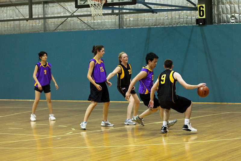 27-Oct-2009-basketball-146