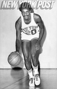 New York Knicks Eugene Short dribbling. 1975