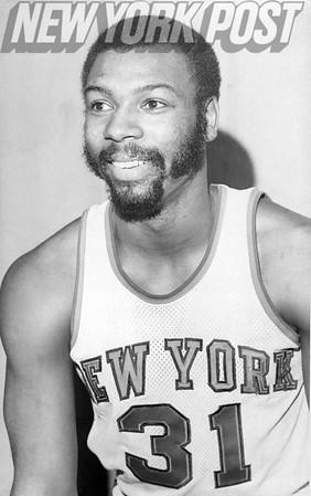 New York Knicks Mel Davis flashing smile. 1975