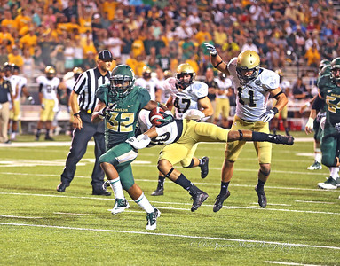 Shock Linwood running for his first touchdown in his Baylor career against Woford Terriers in Baylor's opening game.