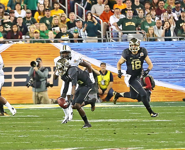 Tevin Reese catching a pass from Bryce Petty. It was great having Tevin back in the game at the Fiesta Bowl but it just wasn't enough to put Baylor on the winning end of the game this time.