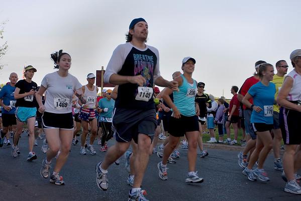 Record-Eagle/ Keith King<br /> Runners begin the Traverse City State Bank Bayshore Marathon Saturday, May 29, 2010.