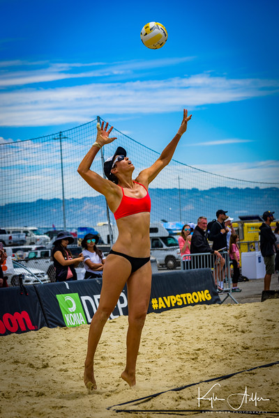 Lauren Fendrick serves the ball during her match at the AVP San Francisco Open Tournament on Friday, July 6, 2018, in San Francisco, California (Kyle Adler/Bay Area News Group)